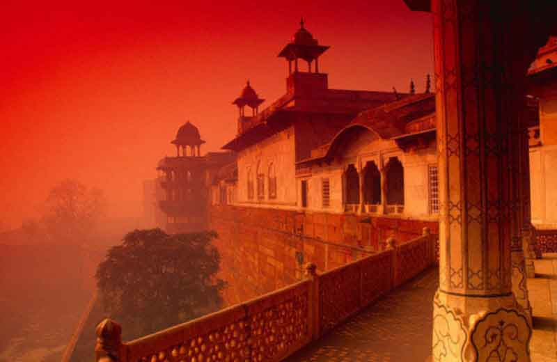 Full Day Taj Mahal & Agra Tour